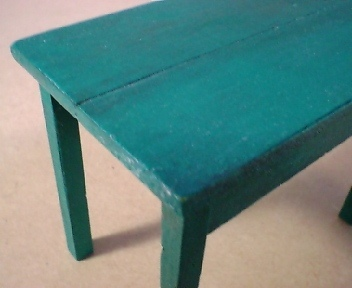 Green_table_2